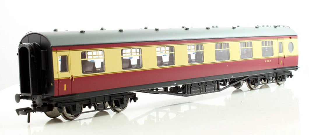 39-475 LMS 60 foot Porthole coach, open vestibule, BR Crimson and Cream