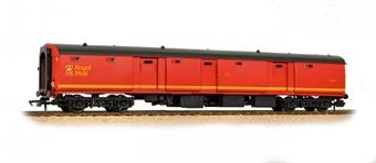 39-760 Bachmann Mk1 Mk1 TPO POT stowage van in Royal Mail Letters red livery
