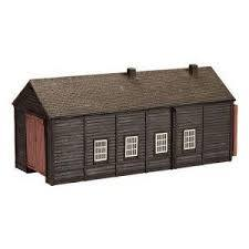 42-096 Wooden Engine Shed