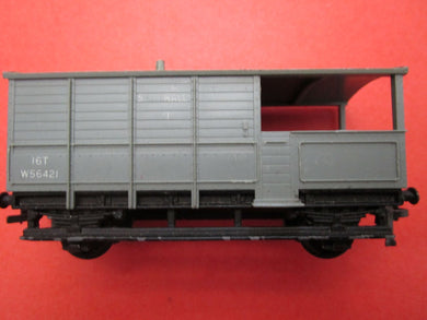 4312 Hornby Dublo ex GWR 16 Ton Guards Van BR grey W56421