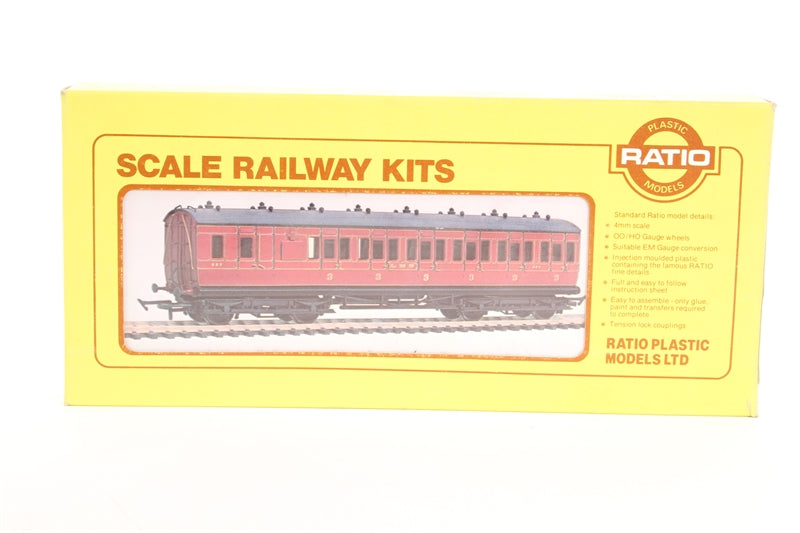 5713 RATIO Midland Low Roof Suburban Bogie Coach, third brake, 6 compartment kit