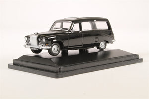76DS002 Daimler DS420 Black Hearse