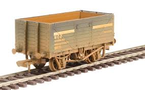 76MW7030W Oxford Rail 7 Plank Mineral Wagon - NCB Internal User (Weathered)