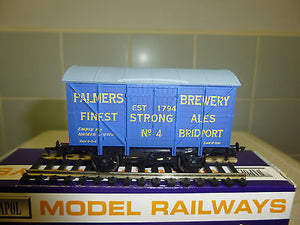 "Dapol Special edition 12 ton van ""Palmers Brewery"""