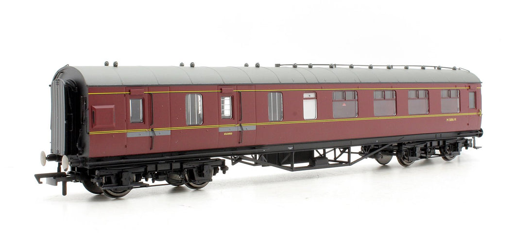 Dapol E9 BR ex LMS 57ft Brake Comp coach Maroon livery No. M5648