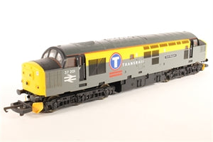 "L204700-HD Lima Class 37 37201 ""Saint Margaret"" in Transrail grey and yellow"