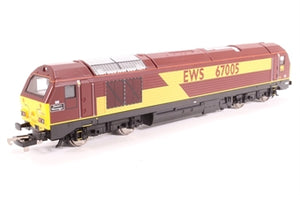 "L204978 Lima Class 67 diesel 67005 ""Queen's Messenger"" in EWS livery"