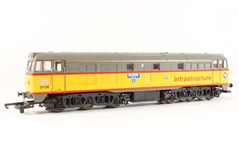 L205114 Lima Class 31 Diesel. 31116 Infrastructure livery