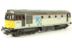 "L205228 Lima Class 33 33050 ""Isle of Grain"" in Railfreight Construction Sector Livery"
