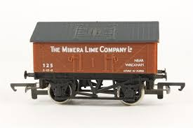 R211 Hornby Minera Lime Wagon 125