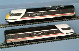 R269 Hornby Class 91 Loco & Dvt Twin Set, In BR Intercity 225 Swallow Black Livery