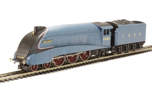"R3371 Hornby Class A4 4-6-2 4468 ""Mallard"" in LNER garter blue - Railroad range DCC Ready. 8-pin socket"