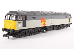 "R3393TTS Hornby	Class 47 ""47033"" in Railfreight Distribution livery.  Railroad range, sound fitted but sound not working"
