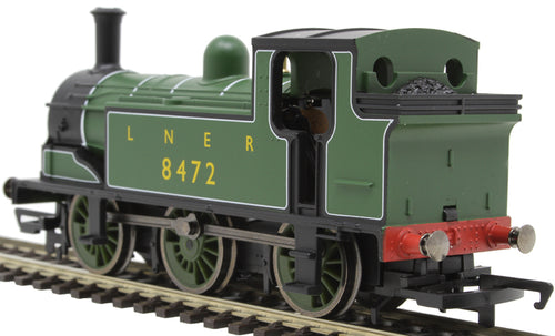 R3668 Hornby Class J83 0-6-0T 8482 in LNER green - Railroad range DCC compatible but no socket