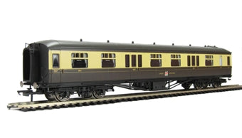 R4505 Hornby GWR Hawksworth Coach 1st class, chocolate and cream livery