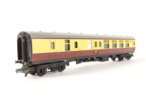 R627-U-04 Hornby  BR BSK Brake 2nd Corridor 35024 Crimson & Cream