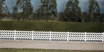 426 RATIO LMS Station Fencing Whites