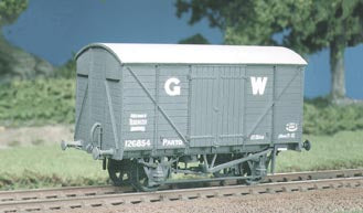 5065 RATIO GWR 12 Ton Standard Box Van