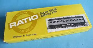 5711 RATIO Midland Low Roof Suburban Bogie Coach, all first 7 compartment kit