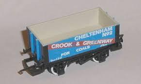 "R024 Hornby ""Crook and Greenway"" 6 plank wagon"
