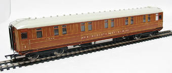 R4174 Hornby LNER 61ft 6in Corridor First Class Sleeper Coach 1208
