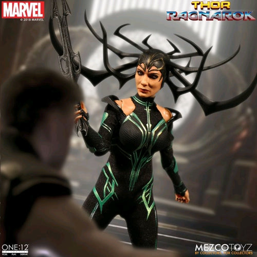 Thor 3: Ragnarok - Hela One:12 Collective Action Figure