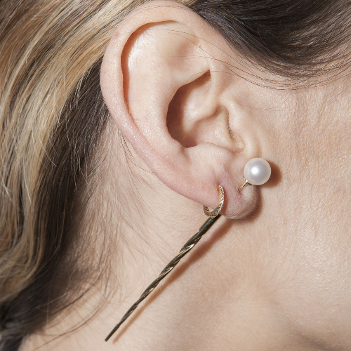 Akoya pearl swirl ear pin - yellow gold