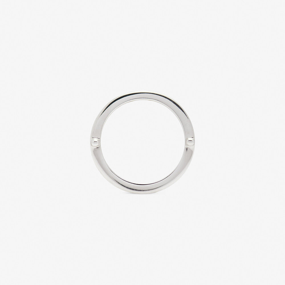 ensamble ring in white gold backside