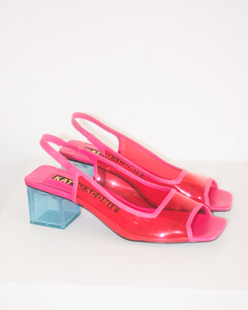 Kat Maconie - Sybil Resort Virtual Pink