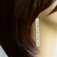 Load image into Gallery viewer, Pothos Silver Bar Earrings