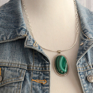 Bold Malachite Necklace