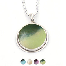 Load image into Gallery viewer, Simple Circle Pendant
