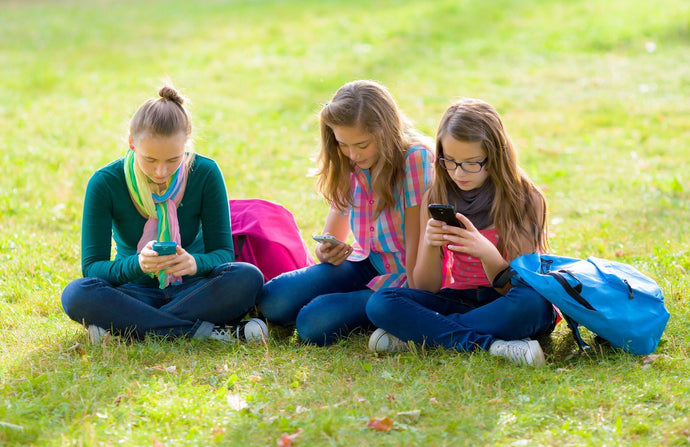 How Social Media Affects Teens