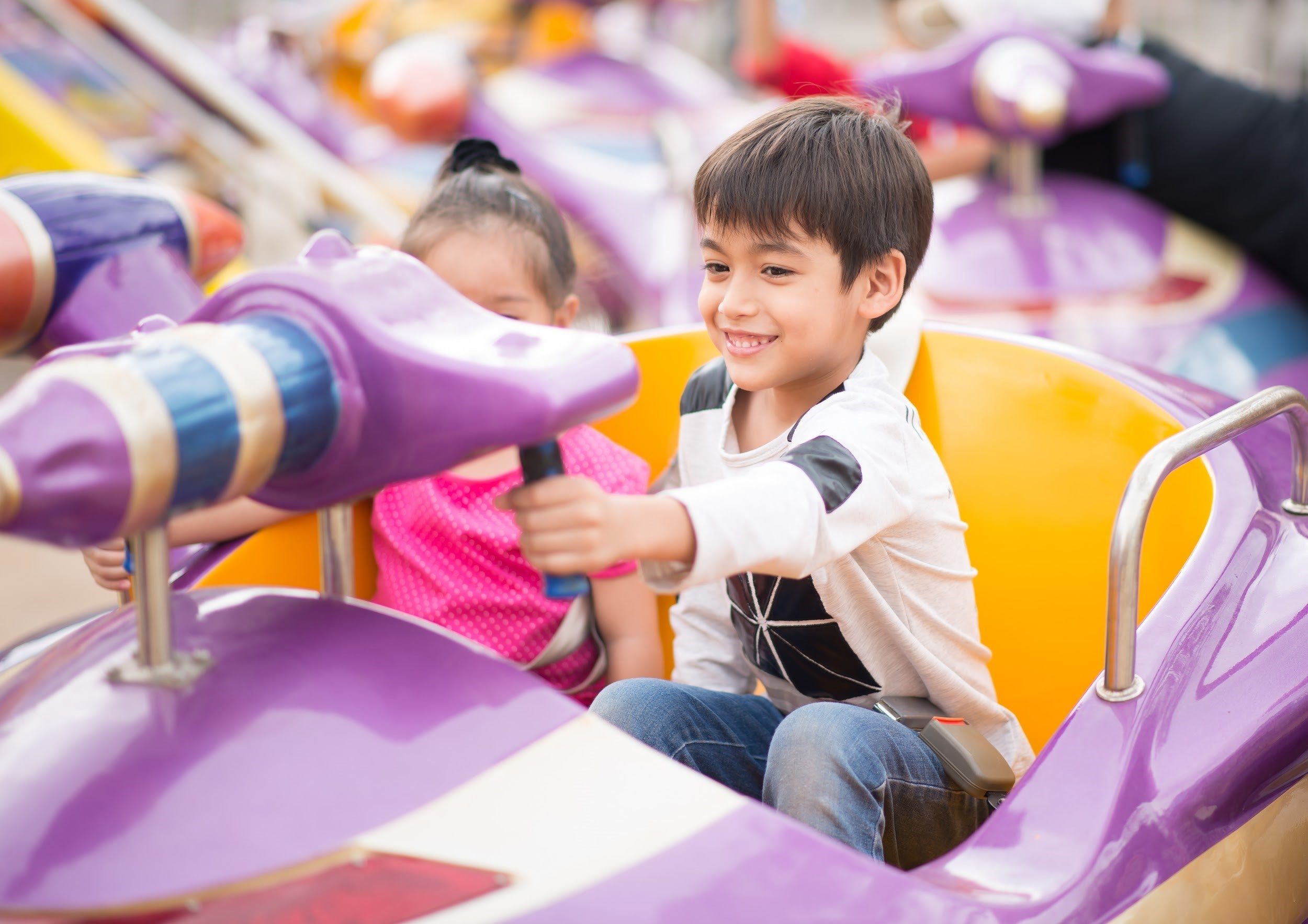 vacation ideas for kids with anxiety - theme park and resort