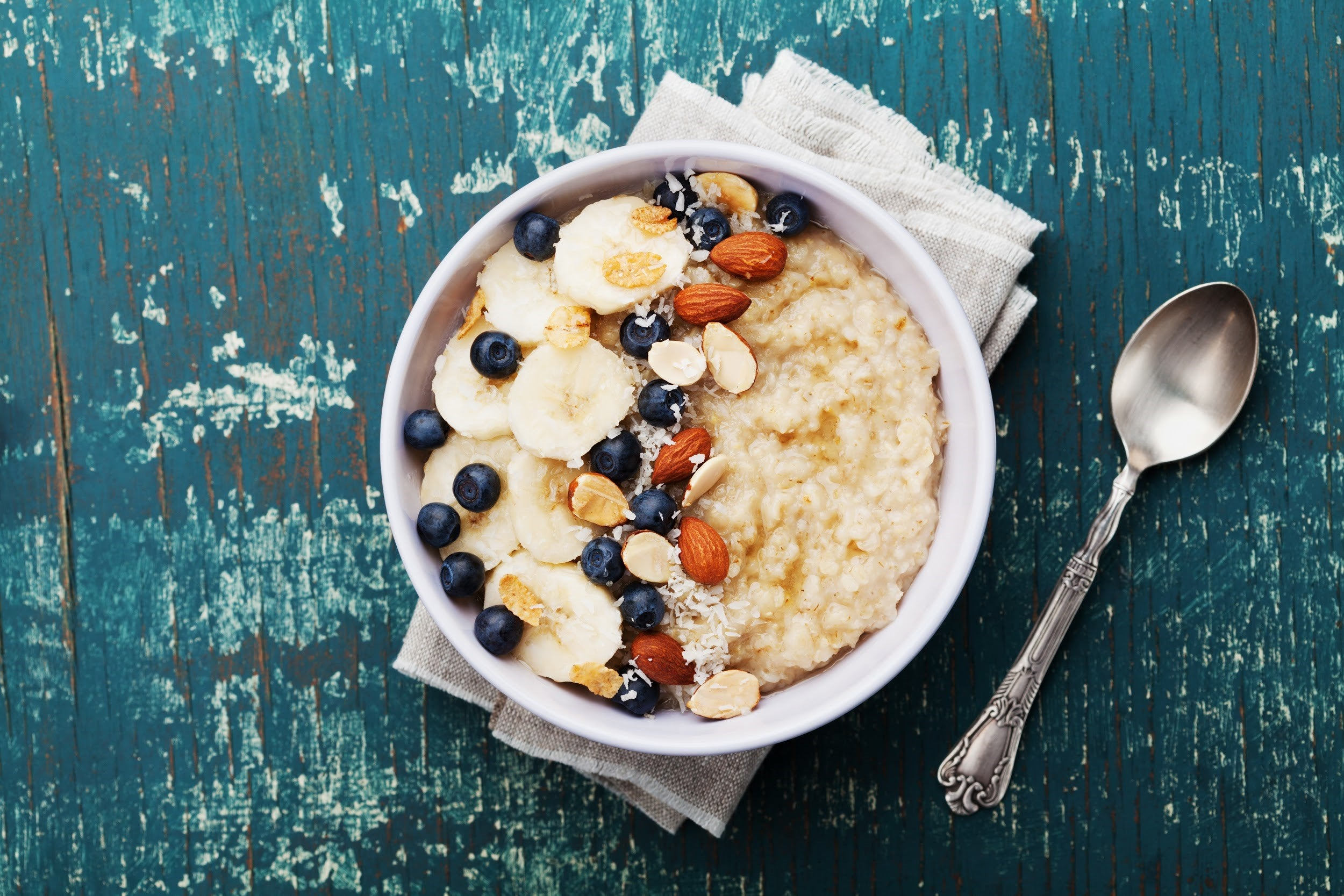 top breakfast recipes for kids with attention deficit disorders - oatmeal with nuts and seeds