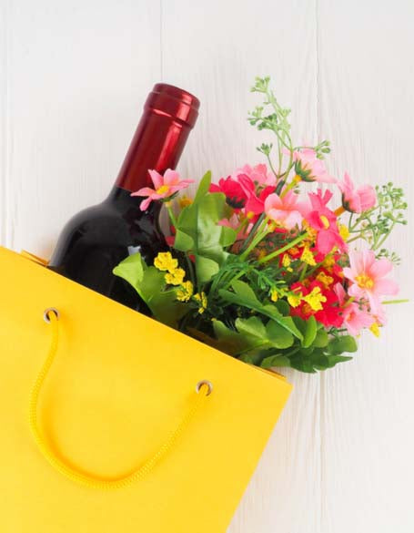 Flowers & Wine Gift Sets
