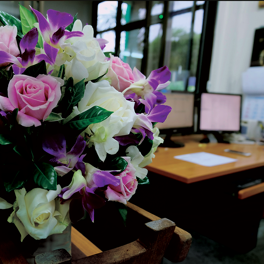 Corporate Flower Gifts to XYZ