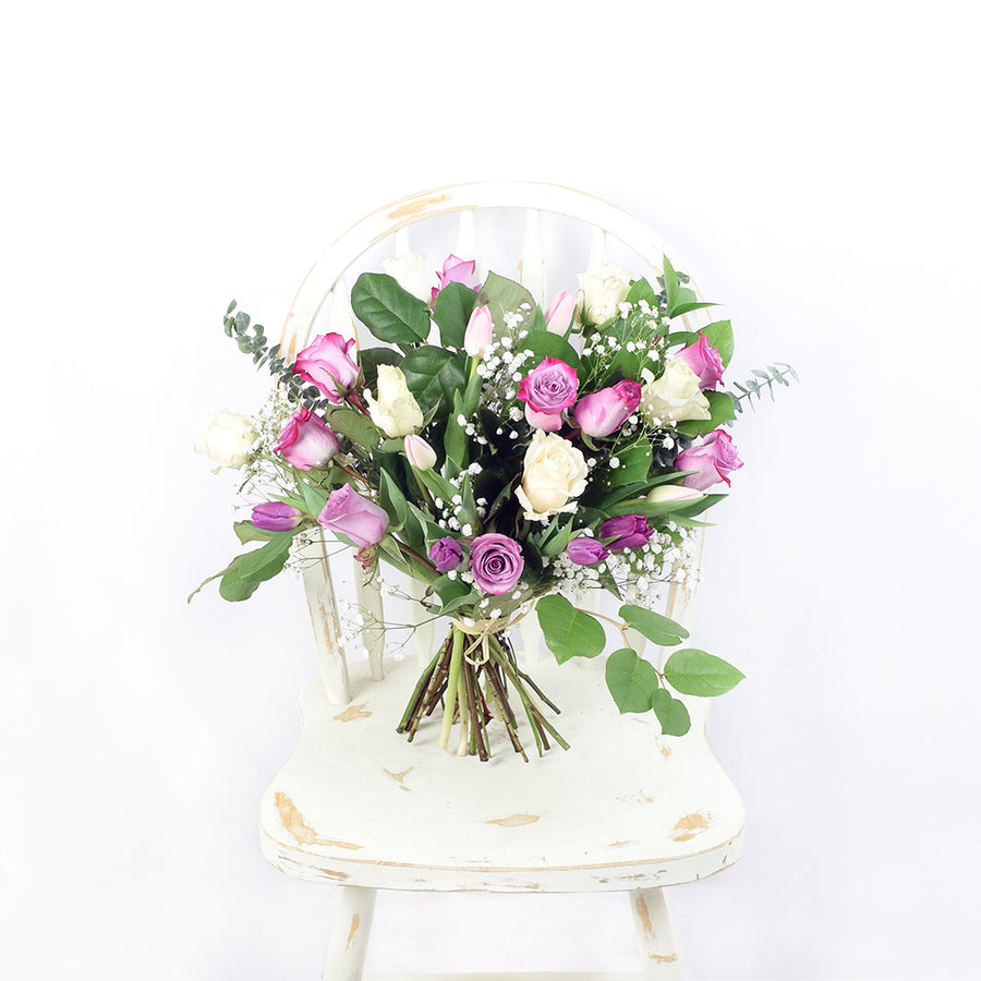 Blended Blooms Mixed Rose Bouquet