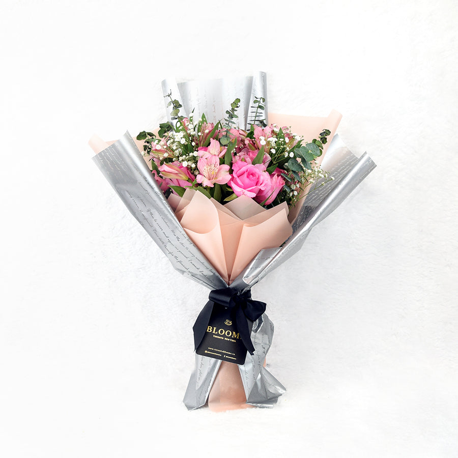 Rose bouquet and Champagne Toronto Same Day Delivery