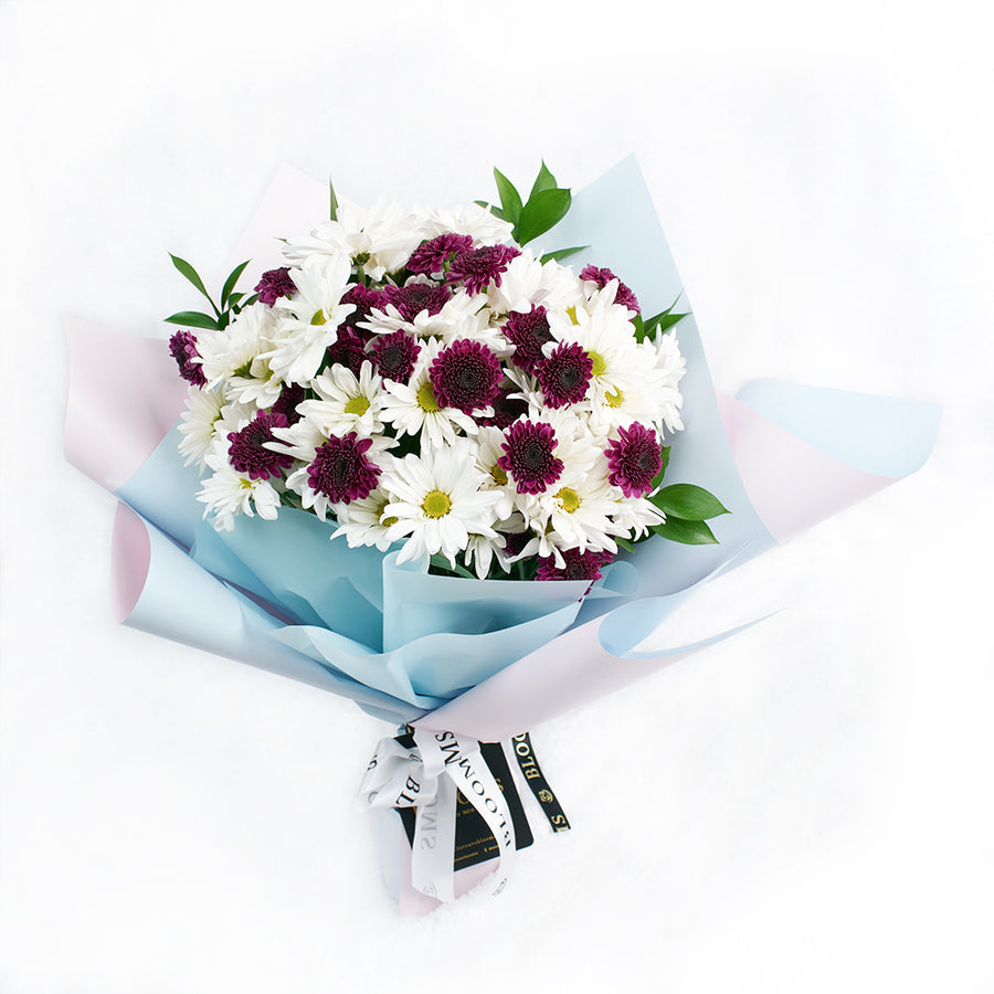 White and purple daisy floral bouquet. Same Day Toronto Delivery