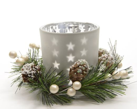 White Tea Light Holder With Wreath Decoration