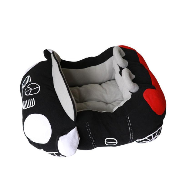 Cool Sports Car Shaped Small Dog / Cat House *FREE SHIPPING*!