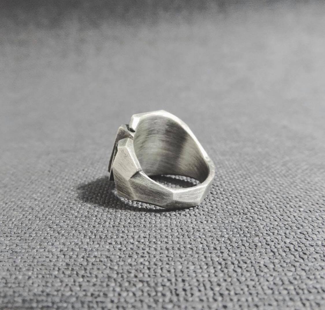 Magnetic Rose thewbros geometric collection 925 sterling silver A Grade Silver jewelry geometric rings geometric pinky rings silver rings high end fashion famous brandMetallic Rose Ring - The W Brothers
