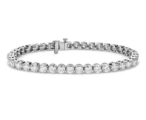 Diamond Tennis Bracelet in Solid 18K Gold (3.7 CT. TW)