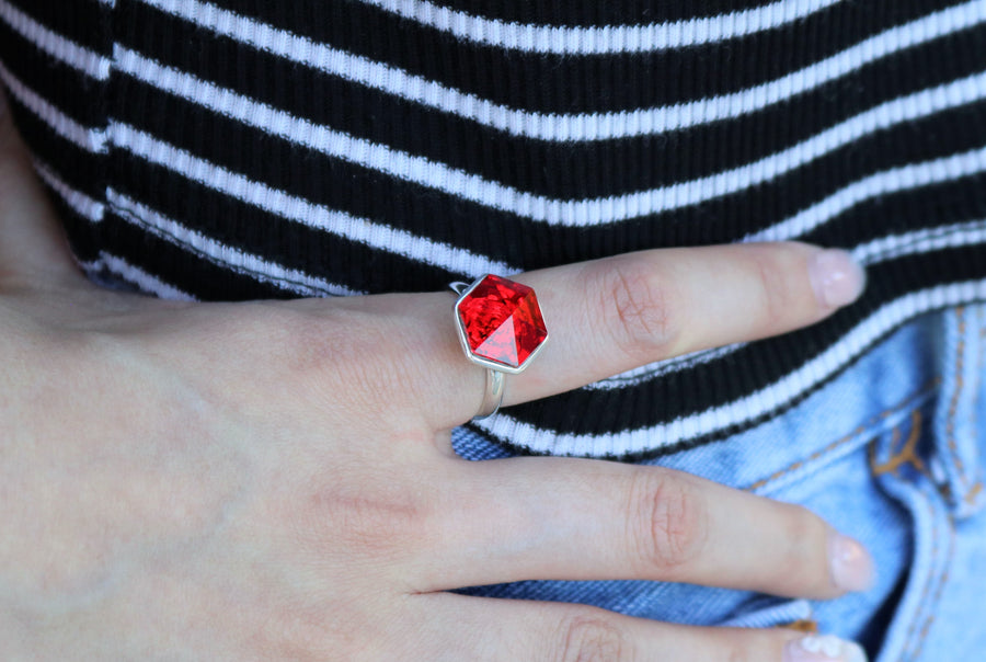 The W Brothers 14 mm Hexagon Swarovski crystal Red Siam Ring for women and men in Silver.