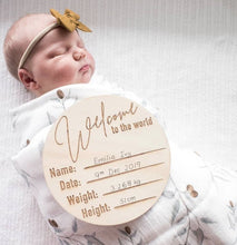 Load image into Gallery viewer, 'Welcome to the World' Wooden Birth Annoucement Disc - Classic