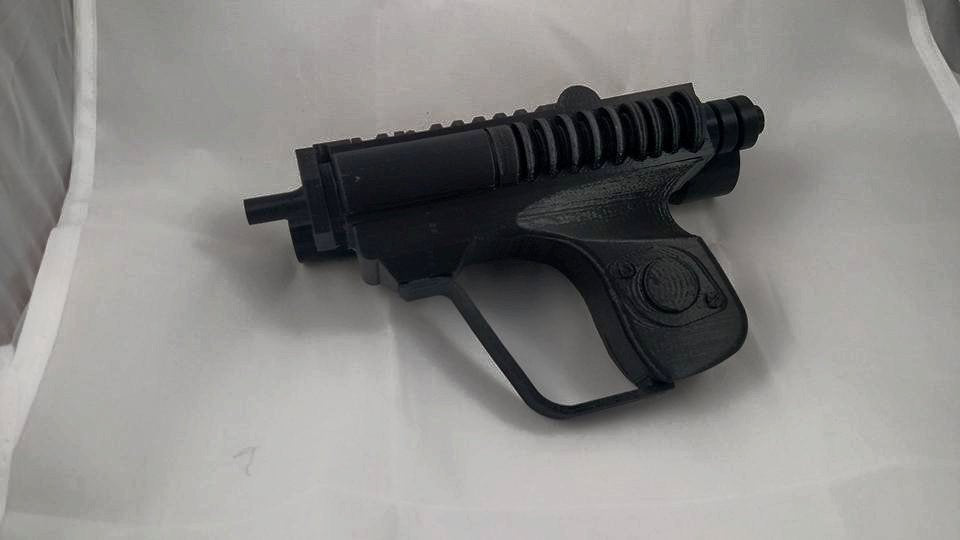 Biker scout trooper blaster pistol - snaps together!