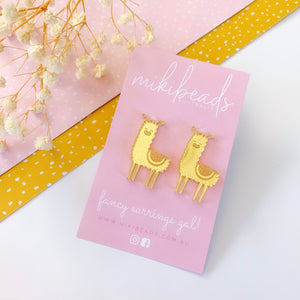 Dolly the Llama Studs (Gold)