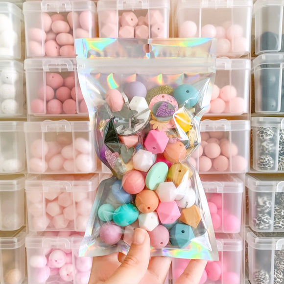 CLEARANCE - Assorted Bead/Acrylic Pack