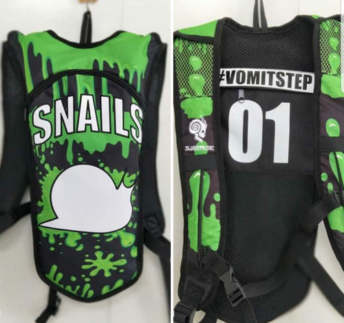 Snails 2L #VOMITSTEP Hydration Pack